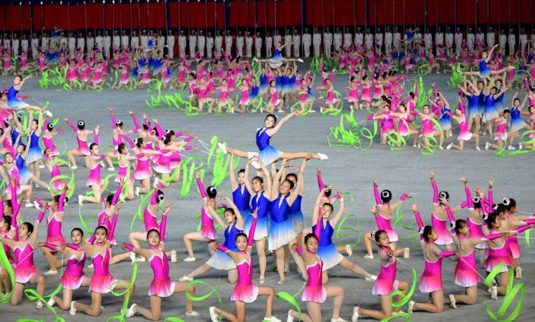 In der großen Massensport- und Kunstschau bringen Schüler ihre Begabungen voll zur Blüte.